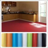 La fabbrica 2016 a buon mercato ha personalizzato la pavimentazione del laminato del vinile del PVC di buona qualità di spessore