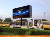 O caminhão ao ar livre reparado instala o anúncio da tela de indicador video do diodo emissor de luz do arrendamento/sinal/painel/parede/quadro de avisos