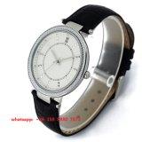 Relógio elegante encantador de quartzo com a cinta de couro genuína para as mulheres Fs522