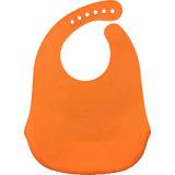 新製品の赤ん坊の衣服は浮彫りにされたロゴのシリコーンの赤ん坊の胸当てを転送する