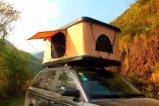 キャンプのための新しいキャンピングカートレーラーの大きいサイズの屋根の上のテント