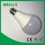 Bulbos de lámpara de A60 A70 A80 LED 5W 10W 12W con Ce