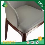 保証のAshtreeの貿易割引大きいロットのためのフランスの木の十字の背部椅子