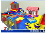 Радостное крытое оборудование спортивной площадки для малыша