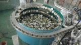 Embotellado automático de la ampolla del frasco que tapa la máquina que capsula con el terraplén peristáltico de la bomba