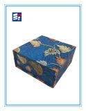 Einfacher verpackender Papiergeschenk-Kasten mit Cutomized Firmenzeichen