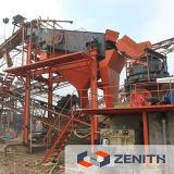 Felsen, der Maschine, Fassbinder-Brecheranlage-Maschine zerquetscht