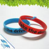 Bracelet coloré de bracelet de silicones avec le logo fait sur commande