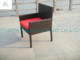 Jogo plástico do jardim da mobília do Rattan do pátio ao ar livre