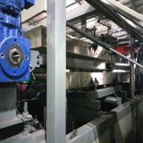 Cup PS-pp., das Maschine herstellt