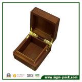 Contenitore di legno classico di braccialetto dei monili della noce
