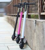 Scooter électrique Patinete Electrico S-020 de la fibre urbaine de carbone pliable la plus légère la plus populaire de Smartek
