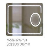 Miroir lumineux magnifié de salle de bains de l'écran tactile DEL