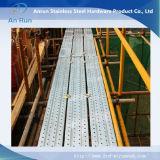 Semelles d'escalier perforées en métal de constructeur pour râper