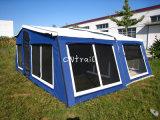 キャンバスのキャンピングカーグループのトレーラーのテント