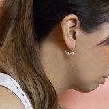 우아한 백색 진주 금에 의하여 도금되는 기하학적인 장식 못 귀걸이