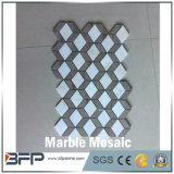 Mosaico della pietra del marmo di disegno di colori differenti della Cina nuovo per le mattonelle di pavimento e della parete