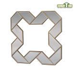Antiker geometrischer geformter Spiegel-Rahmen mit Goldrand