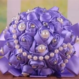 多彩な28本の絹のばらの真珠およびラインストーン15 Cmのホールダーの花嫁の花束