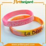 Wristband di gomma personalizzato del silicone con il marchio