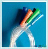 Gute Qualitätskrankenhaus-Produkt der bereifte PlastikNelaton Katheter durch Urethra in den Männern