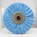 Изготовление колес голубой ткани полируя