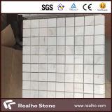 壁/フロアーリングのための305X305中国白のカラーラの大理石のモザイク