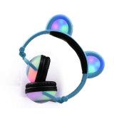 Écouteurs neufs d'écouteurs d'oreille de panda d'éclairage LED d'Anime