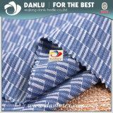 ワイシャツのためのヤーンによって染められる編まれたファブリックが付いている100%Cottonポプリン