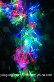 Stringa chiara della BO con il fiore della fibra per la decorazione