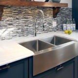 Retirer en bas du robinet balayé de mélangeur de bassin de cuisine de nickel