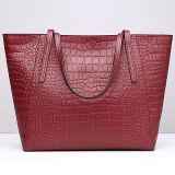 2017人の女性Emg5110のための贅沢なワニ様式の革ハンドバッグの女性のショルダー・バッグの大きいサイズ