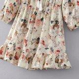 Form-Frauen-Chiffon- gedruckt weg vom Schulter-Troddel-Verband-Kleidung-Kleid