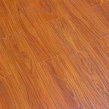 Проектированный ламинат текстуры HDF деревянный справляясь Eir поверхностный естественный деревянный