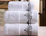 速く乾燥した高級ホテルのジャカード綿の浴室/表面タオル