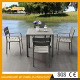 Tabela e cadeira ao ar livre duráveis para qualquer tempo da cafetaria da mobília do jardim do balcão do ar aberto