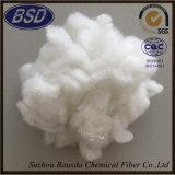 La fusione bassa 1.5D-22D 32mm-102mm ha riciclato la fibra di graffetta di poliestere bianca PSF
