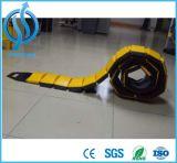Corcunda de sentido único portátil (preta) da velocidade do amarelo da qualidade de Hotsale boa