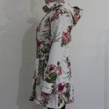Raincoat branco do PVC da flor do porão para o adulto
