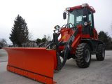 Snow Blade CE Articulated 2.0 Ton Compact Wheel Loader