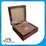 贅沢な新製品の腕時計のパッケージボックス木箱