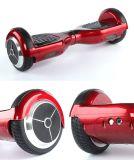 """6.5の""""電気スクーターのバランスをとっている2つの車輪の自己"""