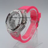 La mano del silicón registra los relojes analogicos vendedores calientes del silicón del deporte para las señoras de los hombres