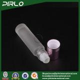 крен матированного стекла 10ml на бутылке с стеклянным роликом и красной крышкой