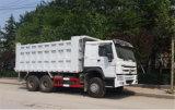 중국 상표 실린더를 가진 HOWO 10L 엔진 중간 기울이는 트럭