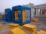 Qt8-15 het Hydraulische Met elkaar verbindende PLC Blok die van de Vliegas van de Controle Volledige Automatische Concrete branden-Vrije Holle het Bedekken van de Machine tot de Machine maken van het Blok de Stevige Machine van het Blok