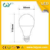 A luz de bulbo 9W do diodo emissor de luz A60 refrigera a luz