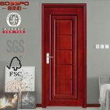 手によって切り分けられる旧式な内部の木部屋のドア(GSP2-068)