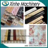 Chaîne de production de marbre d'imitation de panneau de bordage de PVC/ligne d'extrusion