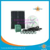 10W 20W 30W 60Wの携帯用太陽ライトおよびファン